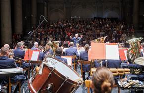 Wenn die Polizeimusik Wien klangvoll verzaubert ...