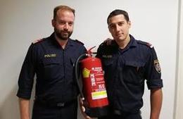 Polizisten retteten Frau aus brennender Wohnung